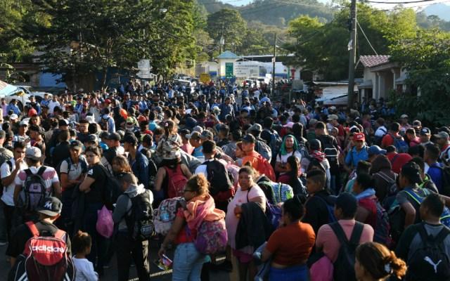 México y Honduras redoblarán esfuerzos contra la migración irregular - como se forman las caravanas migrantes