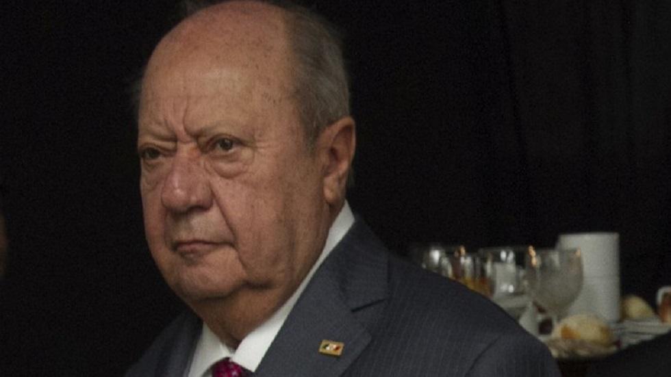 Sindicato petrolero respalda lucha de AMLO contra robo de combustible - Carlos Romero Deschamps. Foto de InternetCarlos Romero Deschamps. Foto de Internet