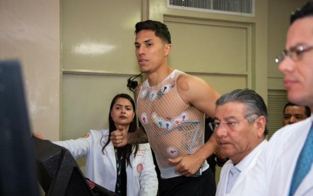 Carlos Salcedo incumple promesa de regresar a las Chivas - Foto de Mexsport