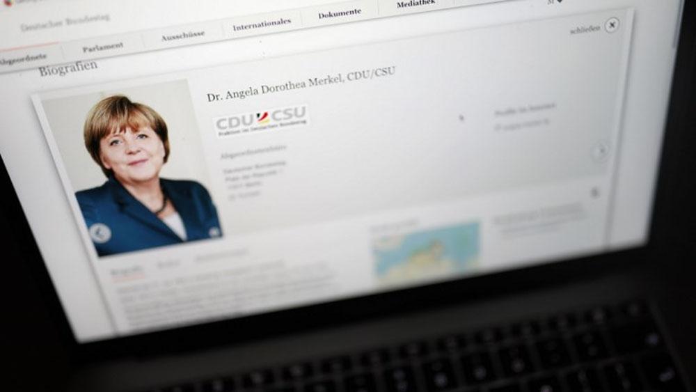 Difunden datos personales de Merkel y políticos alemanes - Foto de Odd ANDERSEN / AFP