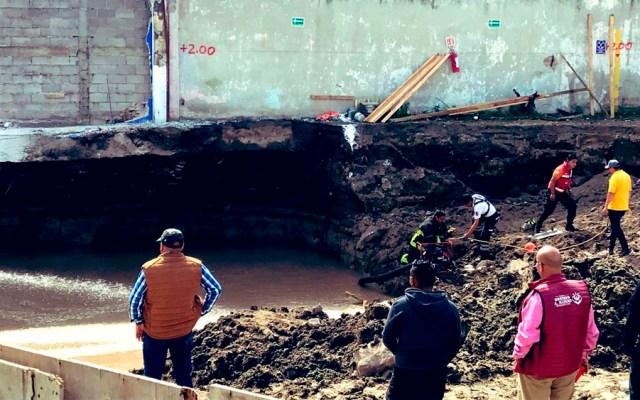 Rescatan cuerpo de construcción en la GAM tras derrumbe - Foto de @israellorenzana