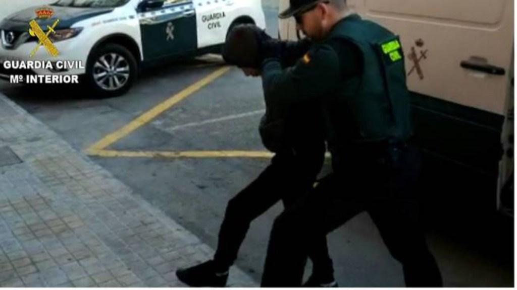 Detienen a cuatro ecuatorianos en España por violación en grupo - Foto de Internet