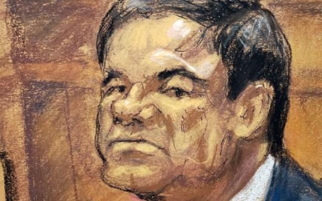 No haré leña del árbol caído: AMLO sobre sentencia al 'Chapo' - Dibujo de El Chapo durante juicio. Foto de EFE