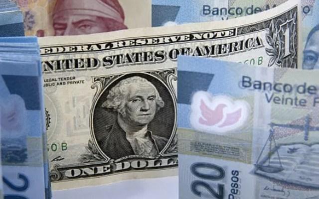 Dólar registra repunte de cuatro centavos y cierra en 19.56 pesos - dólar peso