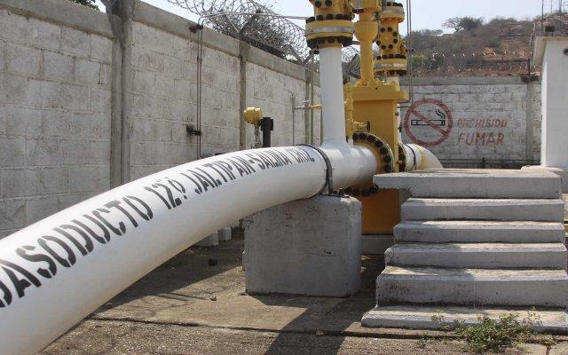 Vigilancia reforzada en cinco ductos más de Pemex: Sedena - Foto de Internet.
