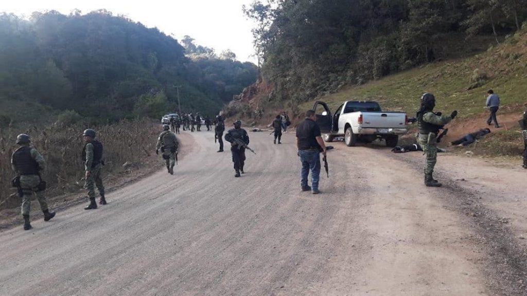 Enfrentamiento entre policías comunitarios y sicarios deja 12 muertos en Guerrero