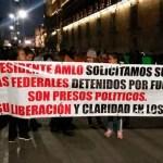 Protestan familiares de policías detenidos tras fuga de El Chapo - Foto Especial
