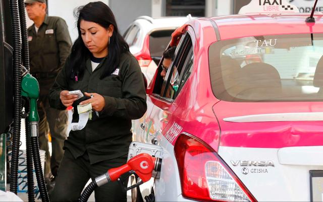 Calendario que propuso Sheinbaum para comprar gasolina es voluntario - disminuyen estímulos a los combustibles