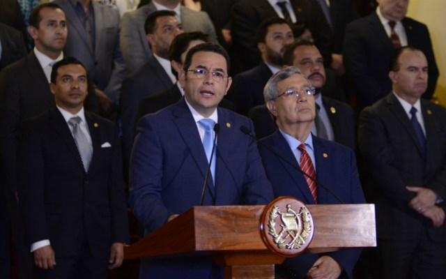 Grave e ilegal decisión del presidente de Guatemala de finalizar misión de Cicig: Zovatto - Foto de AFP