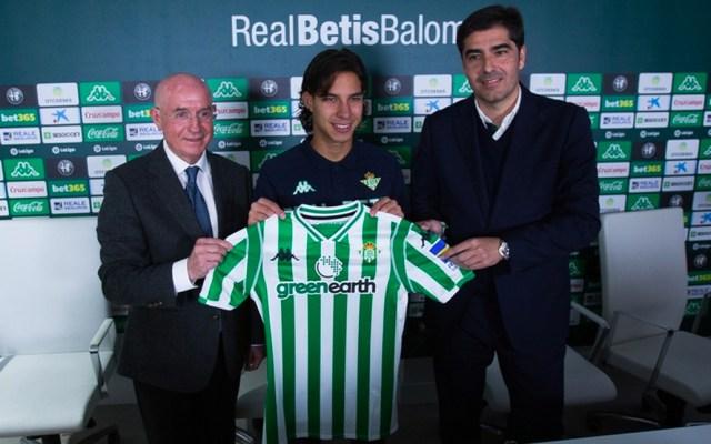 Lainez jugará con el número 22 en el Betis - Foto de Mexsport