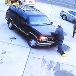 #Video Joven mata a empleado de gasolinera para no pagar 22 dólares de combustible