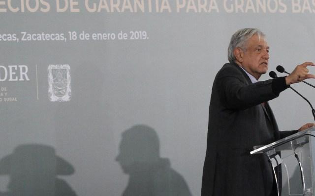 López Obrador anuncia que pondrá a la venta  helicópteros y camionetas blindadas - Foto de Notimex