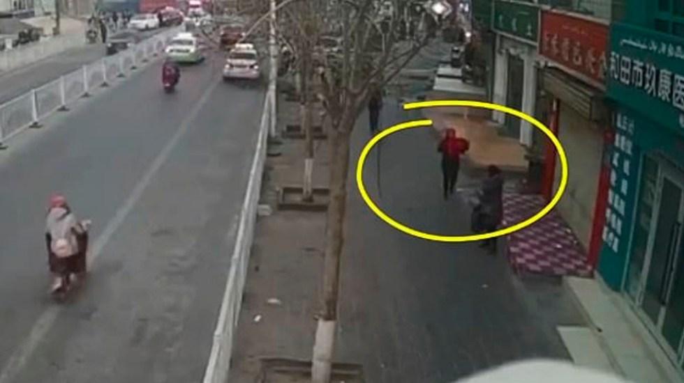 #Video Mujer roba a bebé de hospital en China