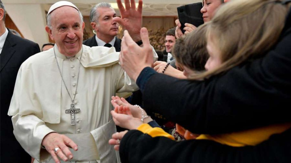 El papa llama a los jóvenes a comprometerse contra la corrupción - papa francisco pide un compromiso contra la corrupción