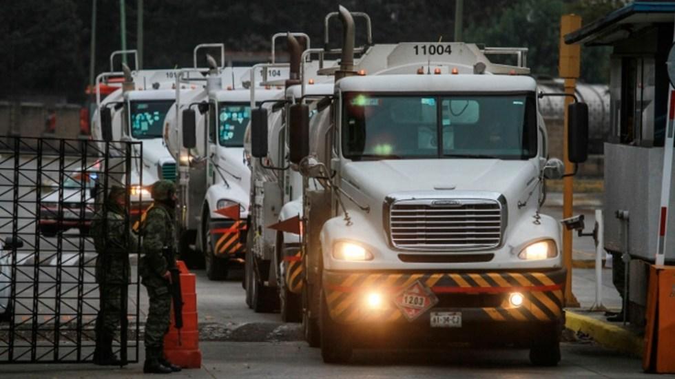 Canacar distribuye gasolina en seis estados - Foto de Notimex