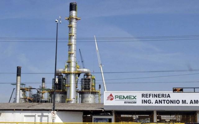 Usaban manguera de 3 kilómetros para robar gasolina de refinería en Salamanca - Foto de Periódico Correo