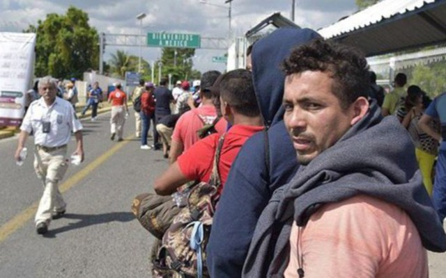 Retornan a Honduras más de 300 miembros de caravana migrante - regresan a sus hogares más de 300 miembros de caravana migrante