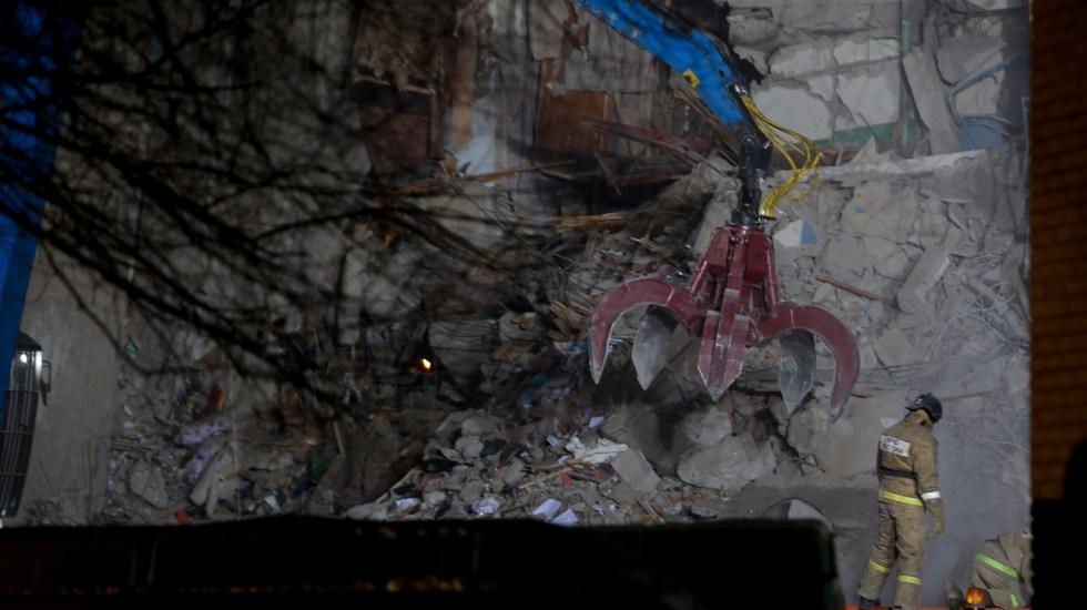 Al menos 39 muertos por explosión en edificio en Rusia - Foto de AFP