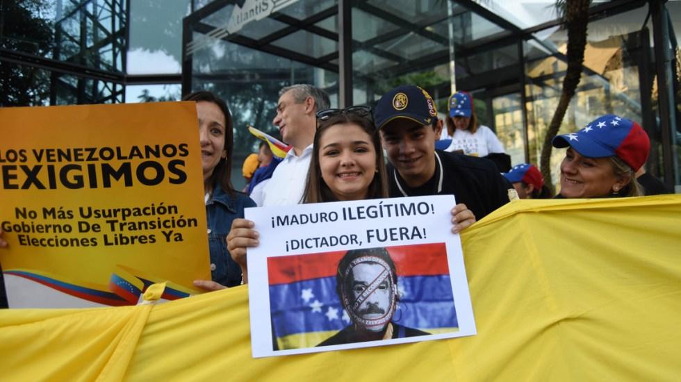 México debe dejar de agachar la cara y reconocer el nuevo gobierno de Venezuela: Fox - Foto de AFP