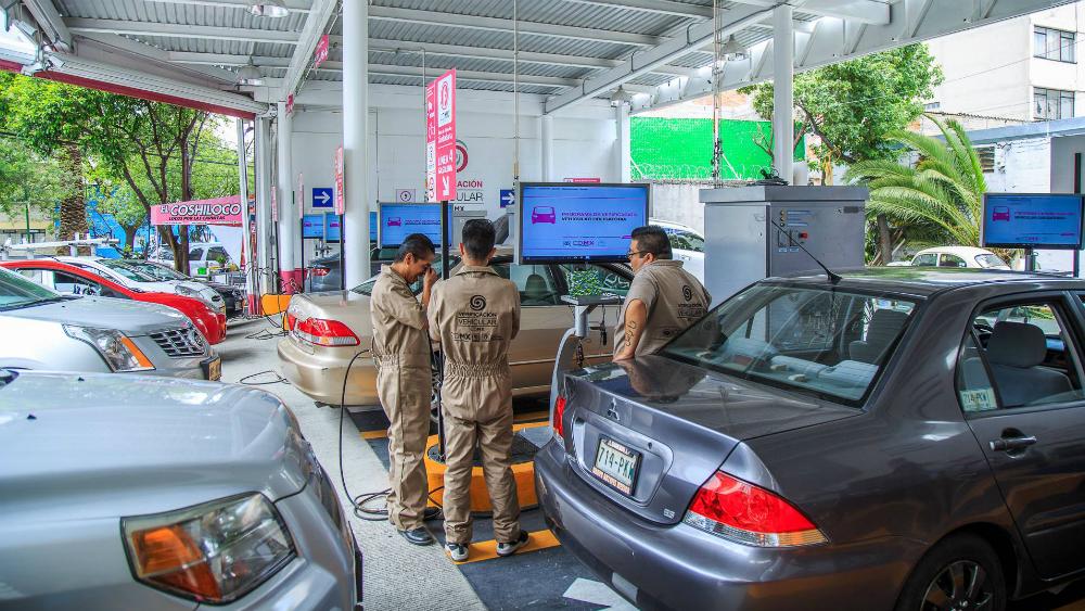 Restablecen servicio en verificentros de la Ciudad de México - Foto de Sedema