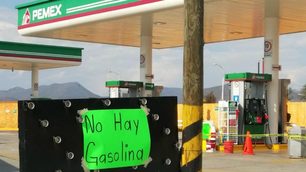 Enrique Alfaro pide que autoridades 'den la cara' ante desabasto de gasolina - Imagen de López-Dóriga Digital.