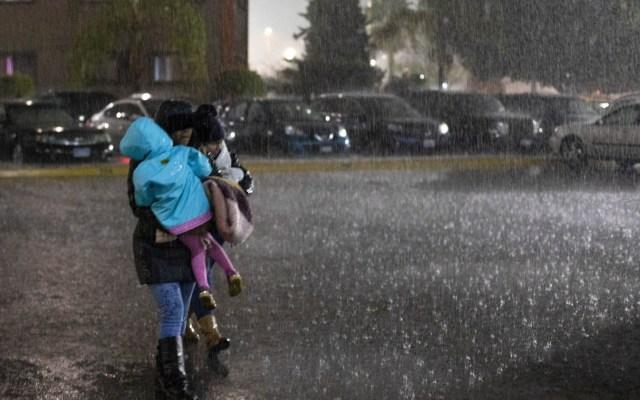 Prevalecerán las tormentas y el ambiente frío en gran parte del país - frente frío 40 provocará lluvias
