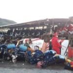 Choque de autobús en Bolivia deja al menos 24 muertos - choque de autobus en bolivia deja al menos 13 muertos