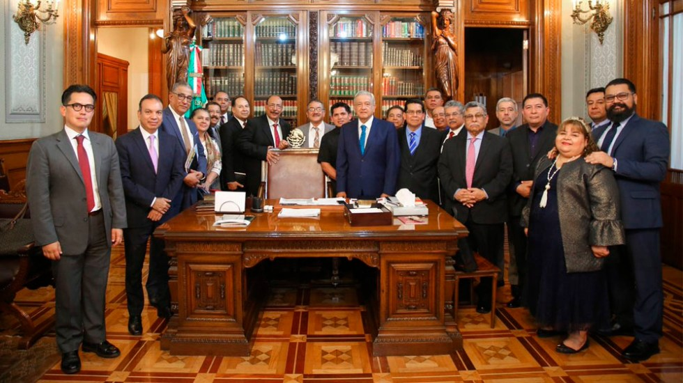 AMLO se reúne con líderes cristianos evengélicos en Palacio Nacional - Foto de @lopezobrador_