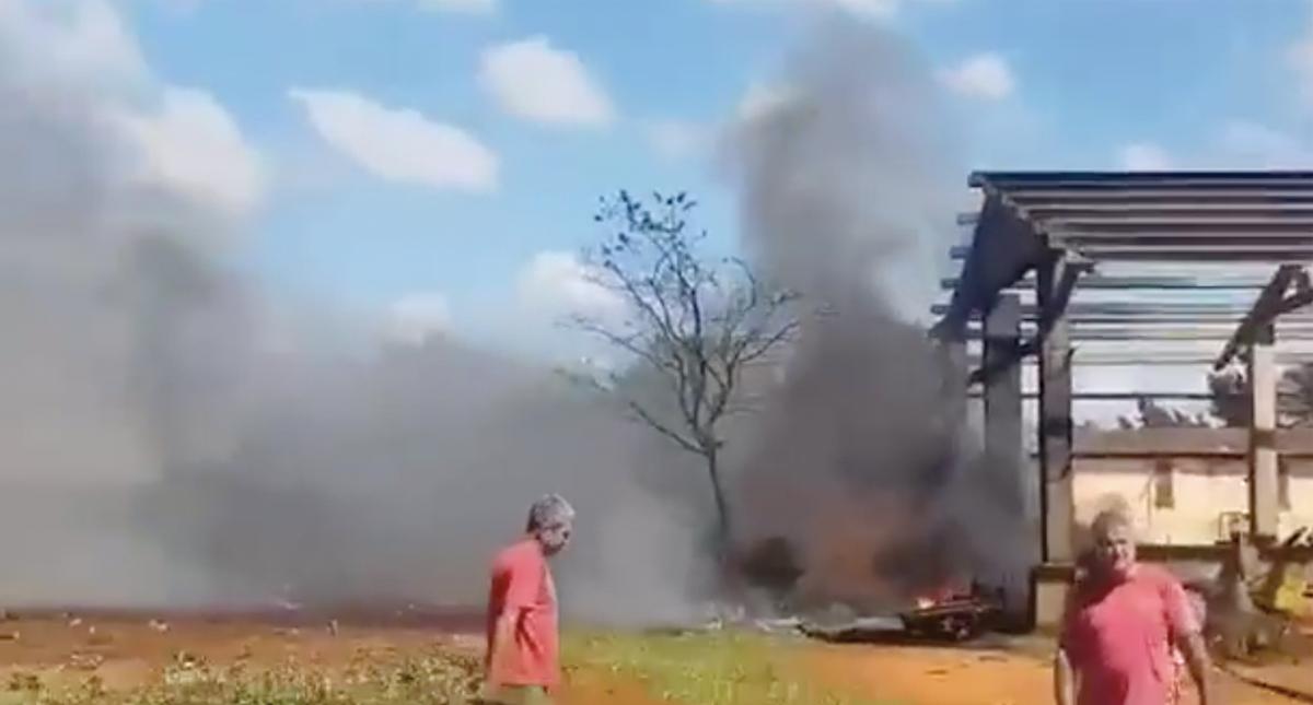 Avión militar se estrella en el suroeste de Cuba aparentemente sin víctimas