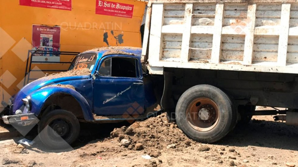 Camión sin frenos deja siete heridos en Acapulco - Foto de Quadratín