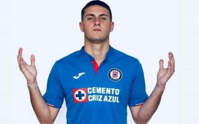 Cruz Azul registra al hijo del 'Chaco' Giménez en el primer equipo - santi giménez refuerzo cruz azul chaquito