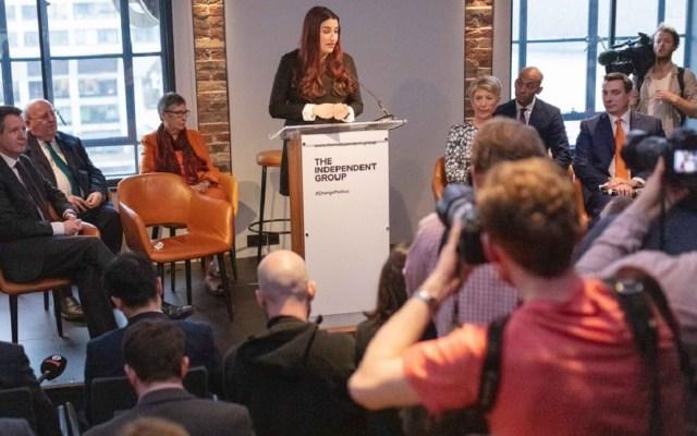 Partido Laborista se queda sin siete diputados por Brexit - Conferencia de prensa de Luciana Berger. Foto de @TheIndGroup