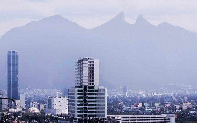 Contaminación en Nuevo León podría detonar enfermedades respiratorias - Contaminación en Monterrey, NL. Foto de UANL