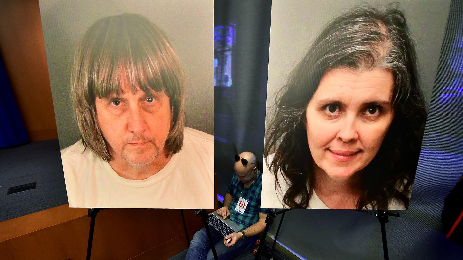 Retrato de David y Louise Turpin durante conferencia de prensa sobre el caso, en Riverside, California. Foto de AFP / Frederic J. Brown