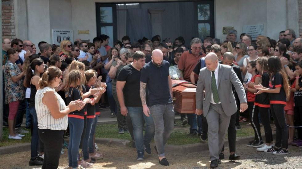 El último adiós al futbolista Emiliano Sala - Foto de AP