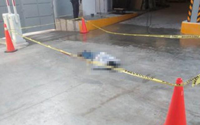 Empleado muere al caer de séptimo piso en la Cuauhtémoc - Empleado muerto en edificio de la SCJN. Foto de @MojicaAg