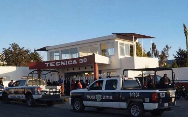 Estudiante de secundaria de Tlaxcala apuñala a maestra por expulsarlo - Tlaxcala