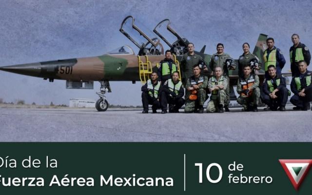 Secretario de Defensa felicita a integrantes de la Fuerza Aérea Mexicana - Foto de @Luis_C_Sandoval
