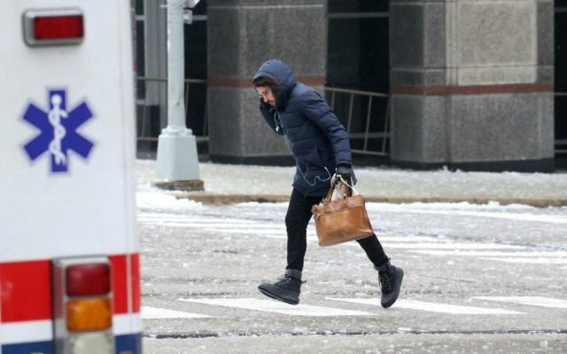 Caídas y resbalones en el hielo incrementan actividad en hospitales de Chicago - Foto de Chicago Tribune