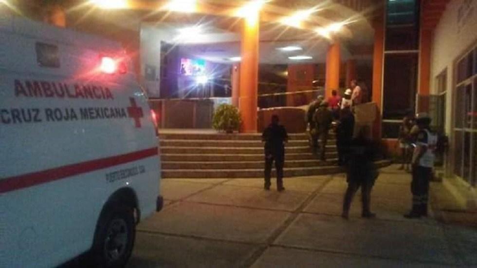 Asesinan a tres hombres en la Costa de Oaxaca - Homicidio en hotel de Zicatela. Foto de EMEST Oaxaca