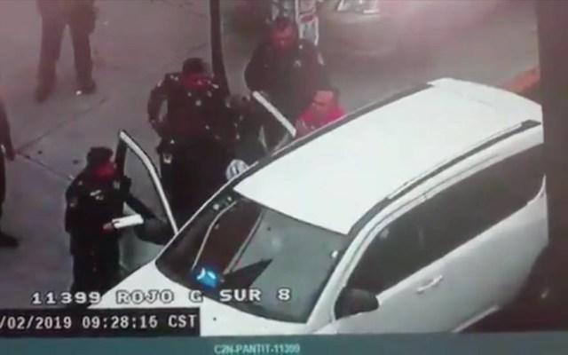 #Video Detención provoca enfrentamiento entre autoridades en Iztacalco - Captura de pantalla