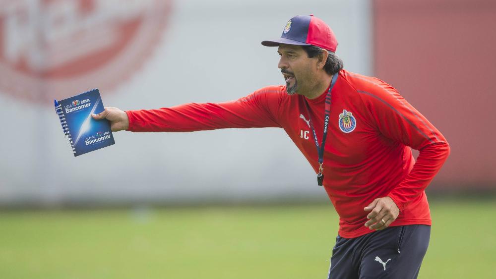 Cardozo critica salida de Osorio de Paraguay - Foto de Mexsport
