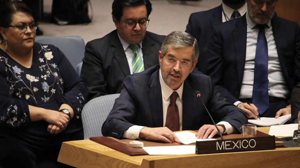 Descartan que Juan Ramón de la Fuente deje representación de México en la ONU para dirigir el IMSS