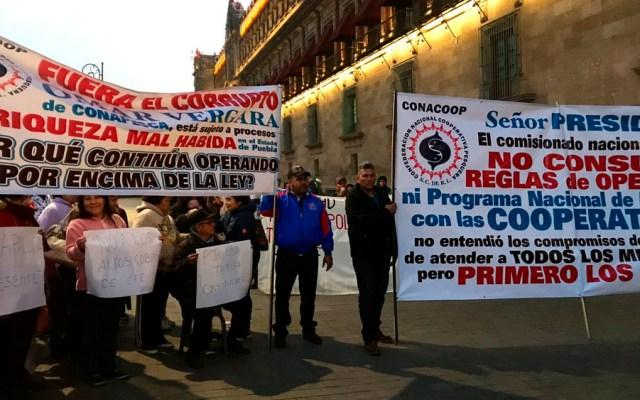 Pescadores protestan en Palacio Nacional - Foto de @israellorenzana