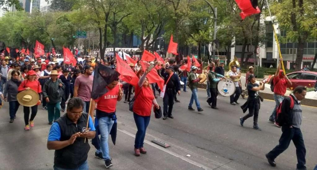 Trabajadores sindicalizados de la UAM marchan sobre Paseo de la Reforma. Noticias en tiempo real