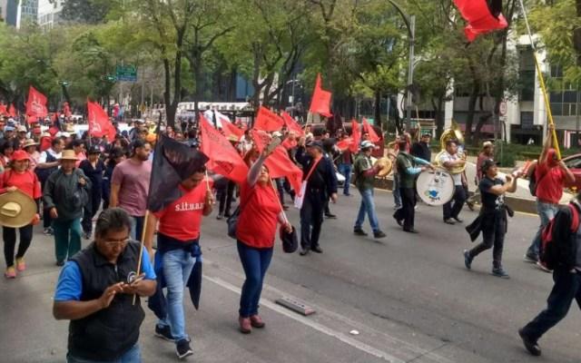 Trabajadores sindicalizados de la UAM marchan sobre Paseo de la Reforma - Foto de Impacto MX