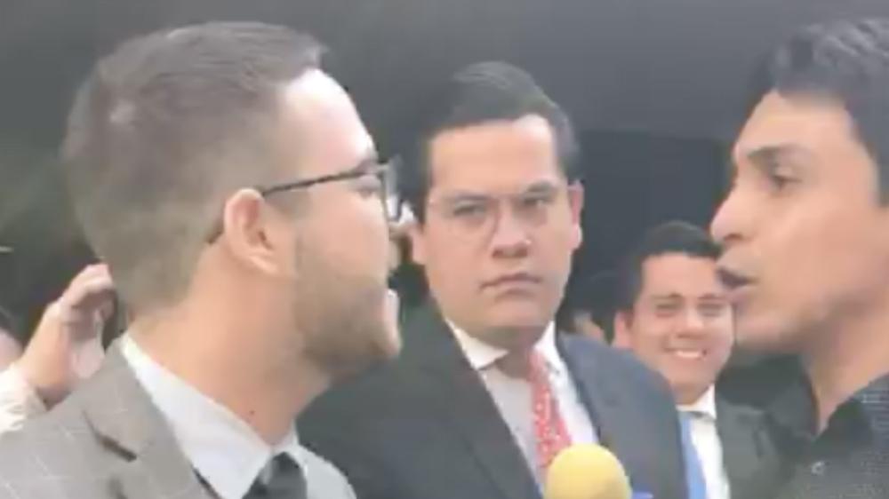 Reconocimiento a Juan Guaidó petición de activista venezolano en el Senado