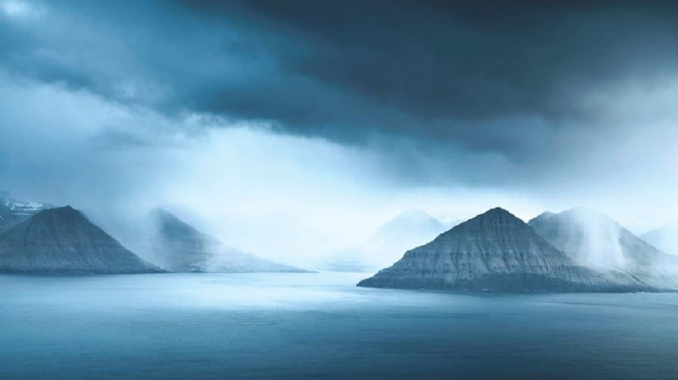 Premian las mejores fotografías 'al aire libre' - Fotografía elogiada de la categoría En la orilla del agua. Foto de Matthew James Turner