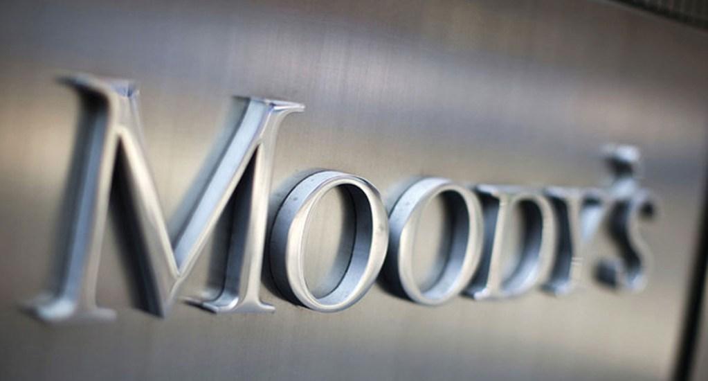 Moody's baja calificación de riesgo a cuatro bancos que operan en México - Foto de Internet