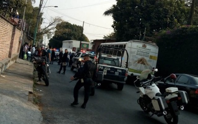 #Video Pasajeros confrontan y retienen a asaltantes en Cuernavaca - Captura de Pantalla